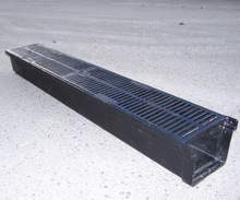 Ductile Pedestrian Guard Grate & Channel.jpg